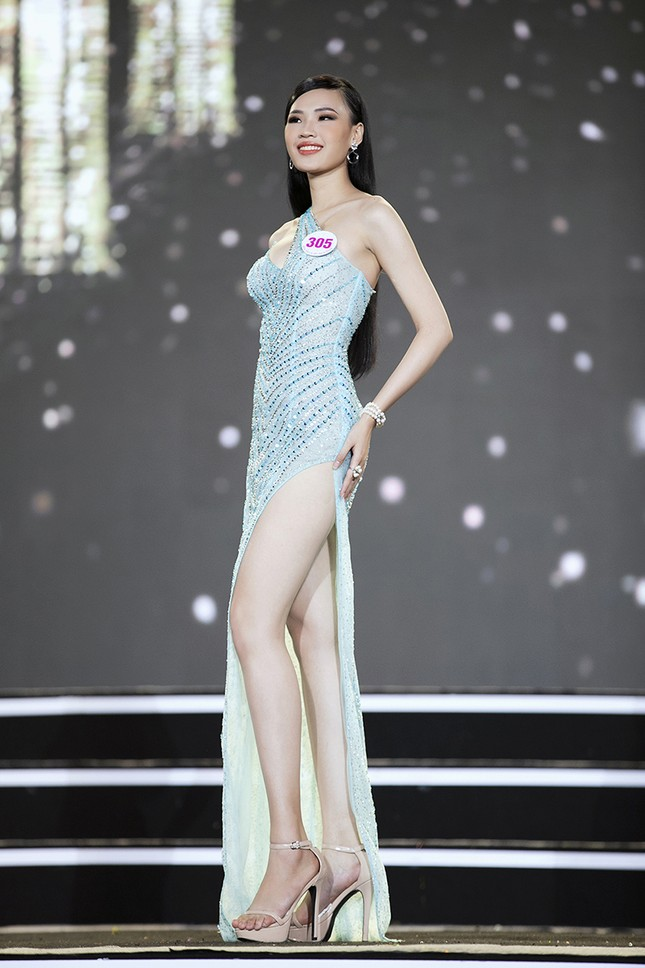 Top 35 Hoa hậu Việt Nam 2020 chính thức lộ diện trong trang phục dạ hội lộng lẫy ảnh 28
