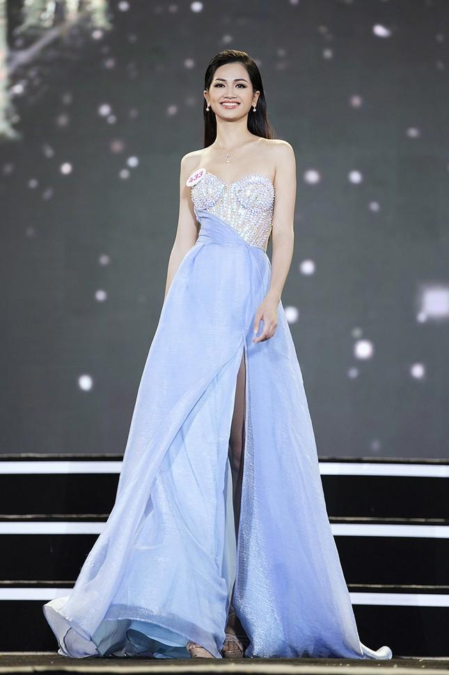Top 35 Hoa hậu Việt Nam 2020 chính thức lộ diện trong trang phục dạ hội lộng lẫy ảnh 29