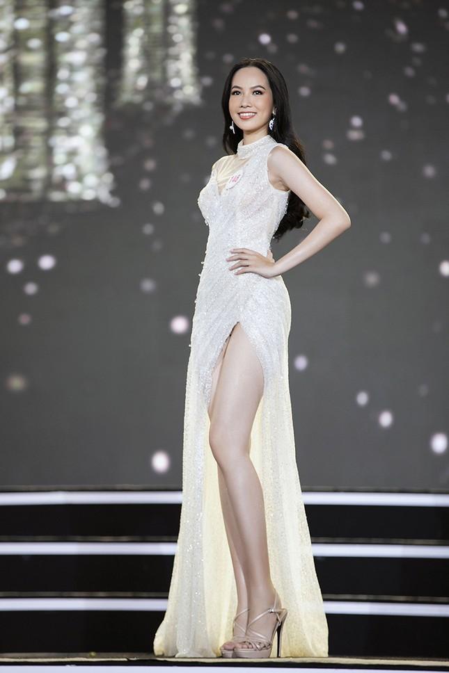 Top 35 Hoa hậu Việt Nam 2020 chính thức lộ diện trong trang phục dạ hội lộng lẫy ảnh 31