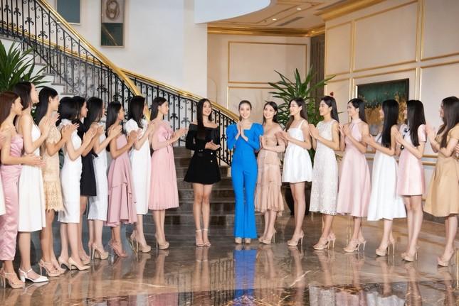 Top 35 Hoa Hậu Việt Nam 2020 bước vào hành trình đầu tiên: Người đẹp Nhân Ái ảnh 1
