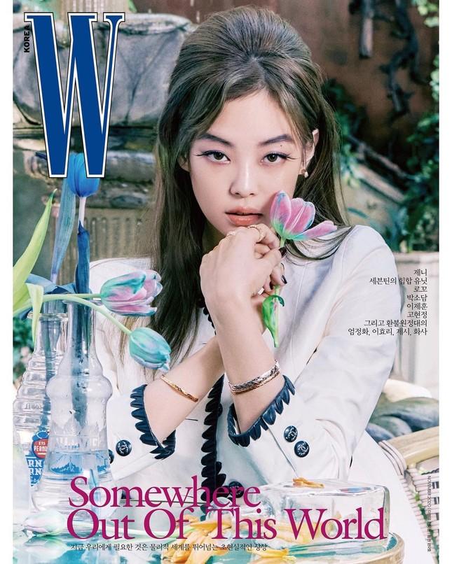 Jennie BLACKPINK gây ấn tượng với lông mày hình cánh cung sang chảnh trên tạp chí W Hàn ảnh 2
