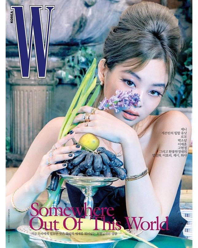 Jennie BLACKPINK gây ấn tượng với lông mày hình cánh cung sang chảnh trên tạp chí W Hàn ảnh 1