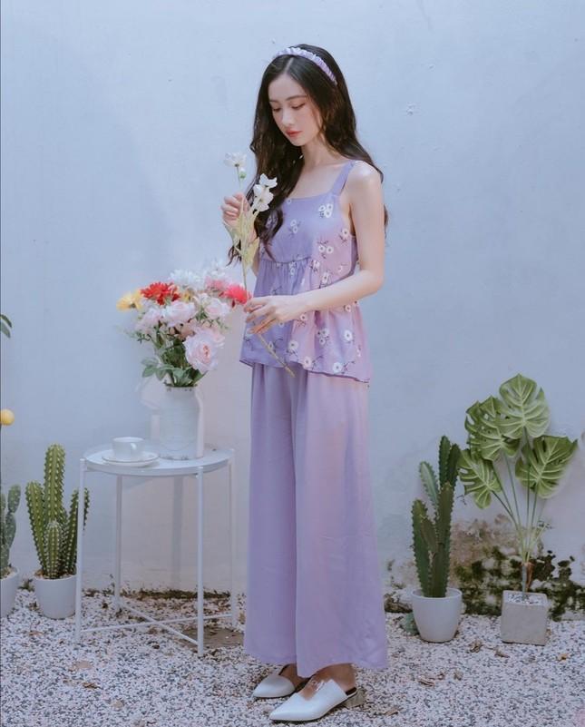 Học Quỳnh Anh Shyn, Jun Vũ, AMEE… cách phối sắc tím với trang phục Thu Đông cực đẹp ảnh 5