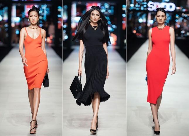 Mãn nhãn với dàn Hoa hậu và người mẫu hội tụ trong show diễn thời trang siêu hoành tráng ảnh 1