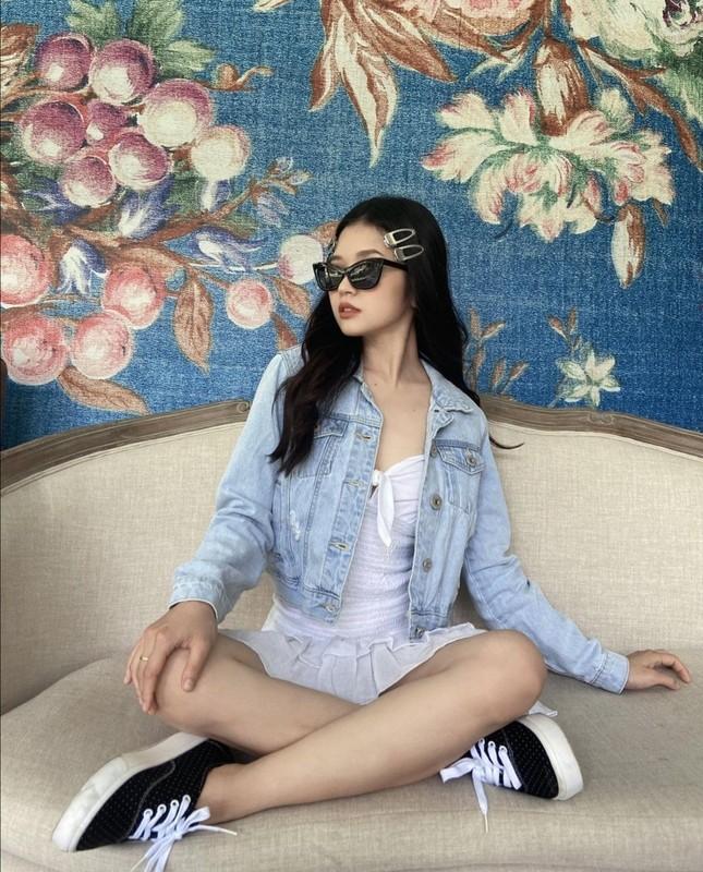 """Hội mặc đẹp showbiz Việt gợi ý cho bạn cách """"mix&match"""" trang phục để nhận """"bão like"""" ảnh 3"""