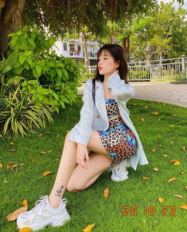 """Hội mặc đẹp showbiz Việt gợi ý cho bạn cách """"mix&match"""" trang phục để nhận """"bão like"""" ảnh 4"""