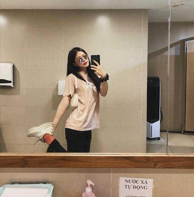 """Hội mặc đẹp showbiz Việt gợi ý cho bạn cách """"mix&match"""" trang phục để nhận """"bão like"""" ảnh 2"""