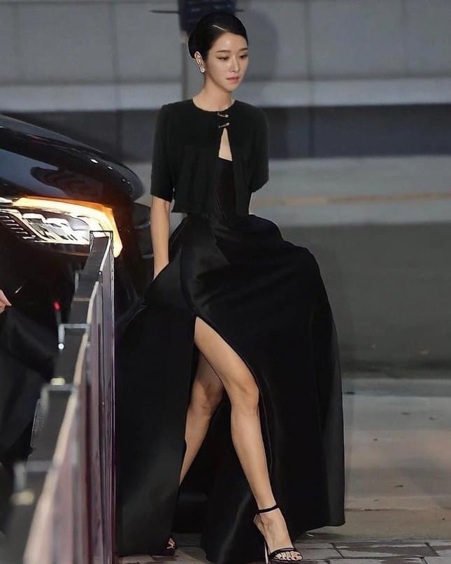 """Seo Ye Ji có màn đáp trả """"cực mặn"""" các bình luận khiếm nhã về bộ váy khoe vòng 1 tuần qua ảnh 5"""