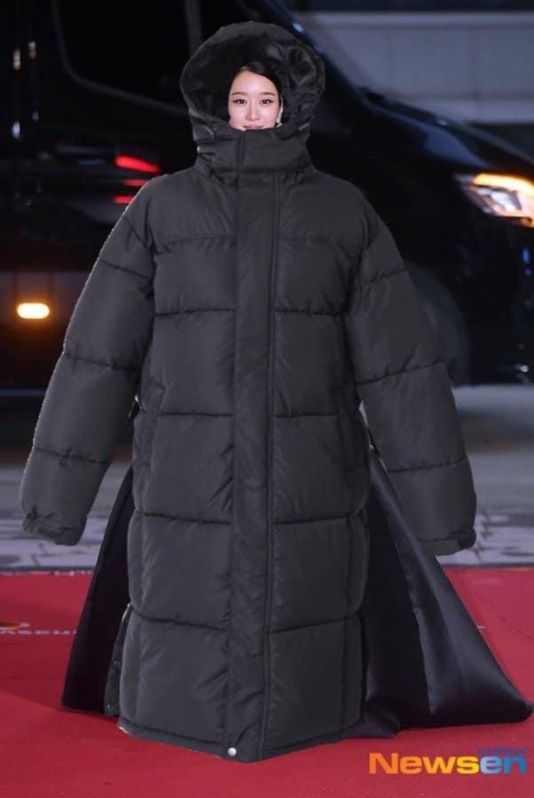 """Seo Ye Ji có màn đáp trả """"cực mặn"""" các bình luận khiếm nhã về bộ váy khoe vòng 1 tuần qua ảnh 3"""