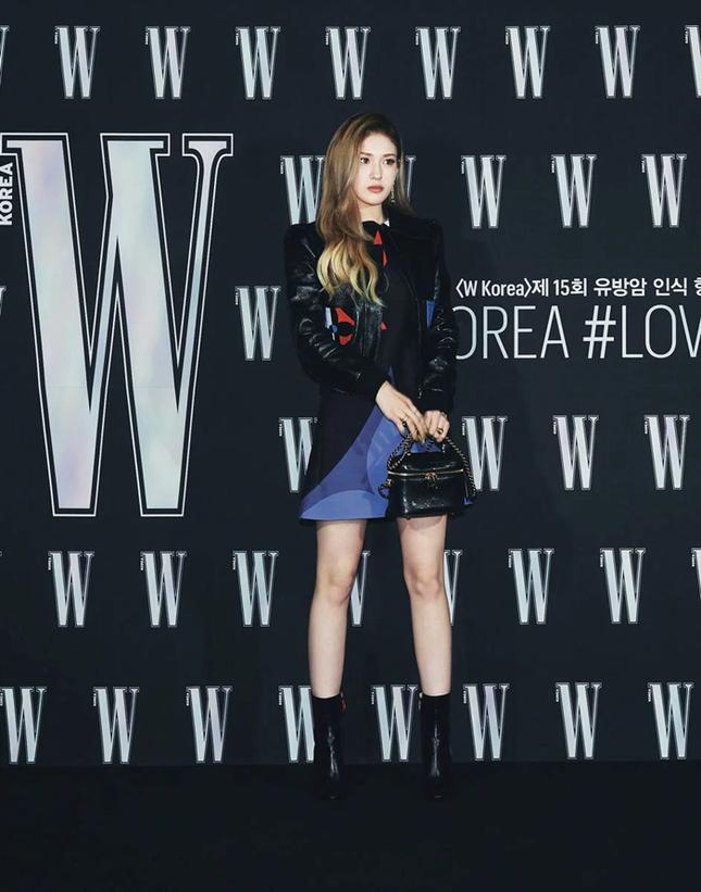 Park Min Young gây sốc với khuôn mặt không ai nhận ra tại sự kiện của tạp chí W Hàn ảnh 8