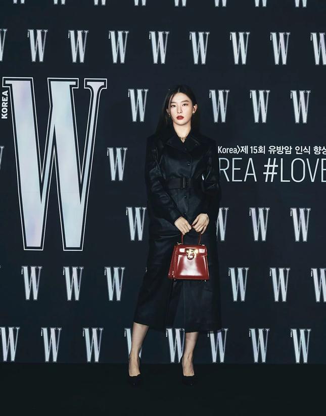 Park Min Young gây sốc với khuôn mặt không ai nhận ra tại sự kiện của tạp chí W Hàn ảnh 7