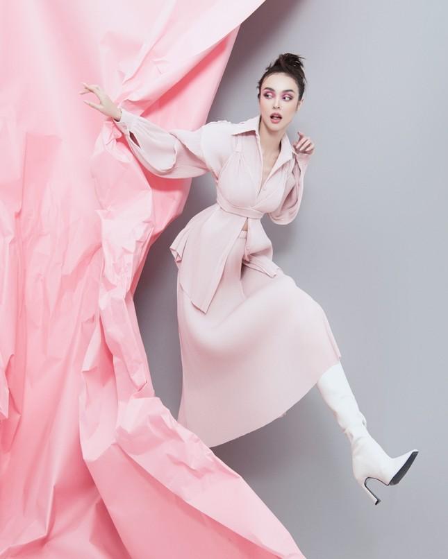MLee khoe bộ ảnh thời trang cực chất như siêu mẫu quốc tế, mặc kín bưng vẫn nóng 100 độ ảnh 9