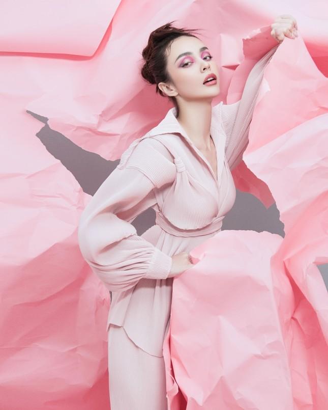 MLee khoe bộ ảnh thời trang cực chất như siêu mẫu quốc tế, mặc kín bưng vẫn nóng 100 độ ảnh 8