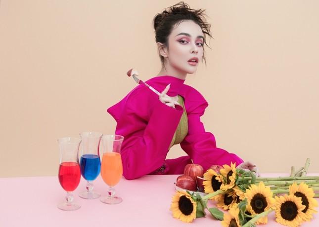 MLee khoe bộ ảnh thời trang cực chất như siêu mẫu quốc tế, mặc kín bưng vẫn nóng 100 độ ảnh 3