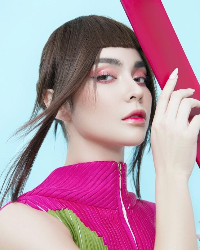 MLee khoe bộ ảnh thời trang cực chất như siêu mẫu quốc tế, mặc kín bưng vẫn nóng 100 độ ảnh 2