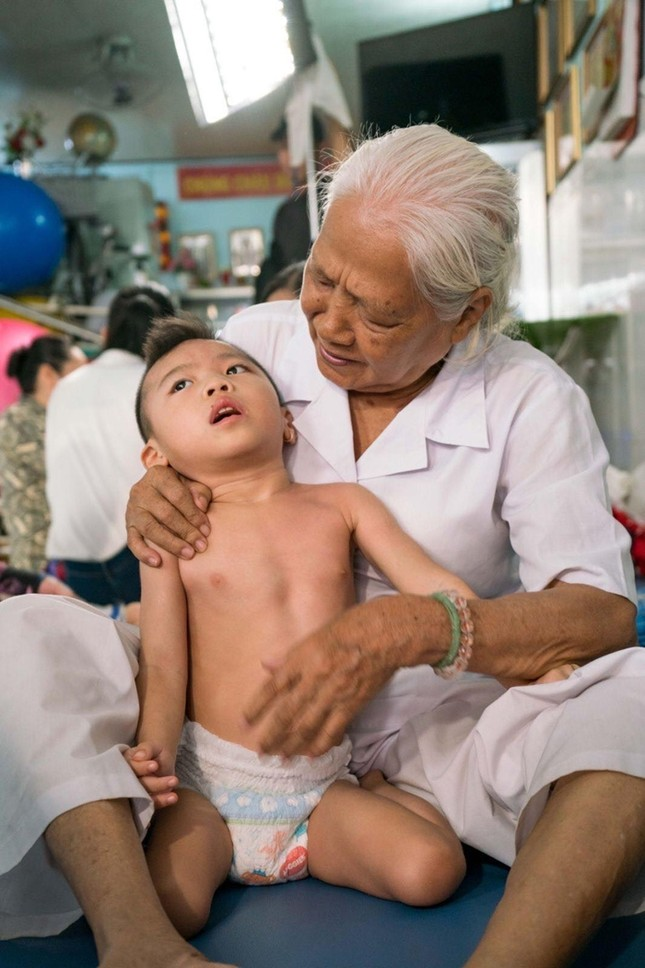 Chuỗi dự án Người Đẹp Nhân Ái của cuộc thi Hoa Hậu Việt Nam 2020 chính thức được phát sóng ảnh 4