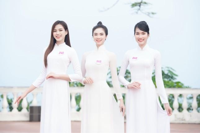Dàn thí sinh Hoa Hậu Việt Nam 2020 khoe nhan sắc ngọt ngào trước biển trời Vũng Tàu ảnh 4