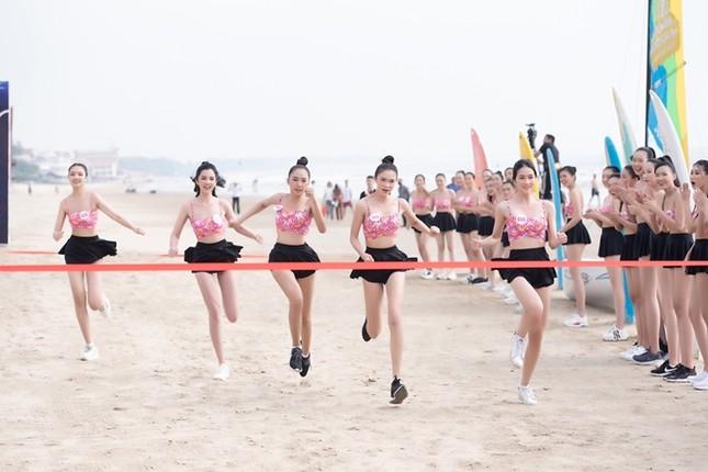 Thí sinh Hoa Hậu Việt Nam 2020 vừa xinh vừa sở hữu bảng thành tích thể thao đáng nể ảnh 4