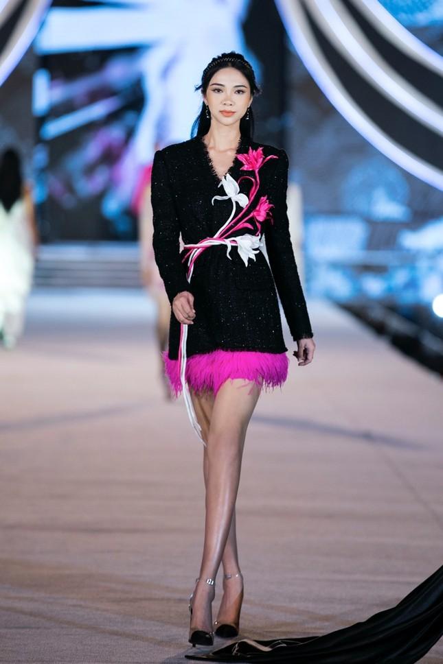 Khám phá profile ấn tượng của Top 5 Người đẹp Thời trang Hoa Hậu Việt Nam 2020 ảnh 1