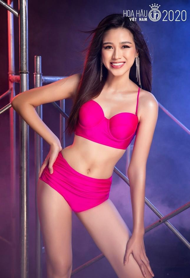 Hoa Hậu Việt Nam 2020: Ngắm body siêu hot với các số đo cực chuẩn của Top 5 Người đẹp Biển ảnh 2