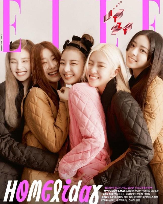 ITZY bất ngờ xuất hiện trên bìa ELLE Hàn tháng 12, nhưng visual lại gây thất vọng ảnh 2