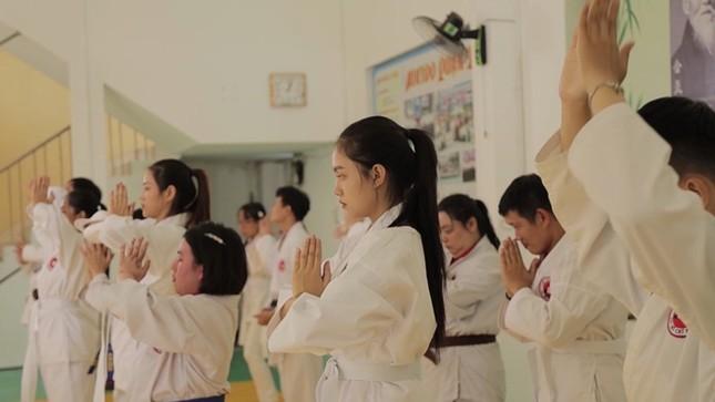 Hoa Hậu Việt Nam 2020: 5 người đẹp trải nghiệm võ thuật tại CLB Aikido đặc biệt ảnh 3