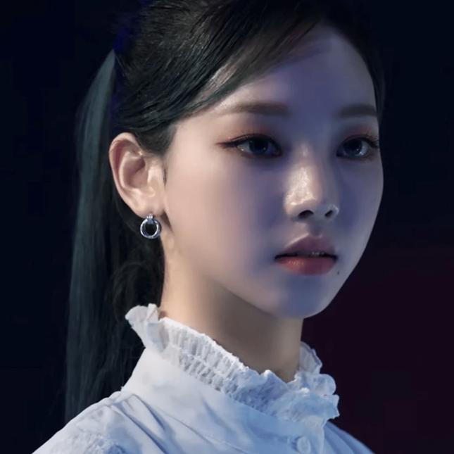 Nhờ thay đổi nhỏ này trên khuôn mặt mà nhan sắc của Karina (aespa) thăng hạng thấy rõ ảnh 3