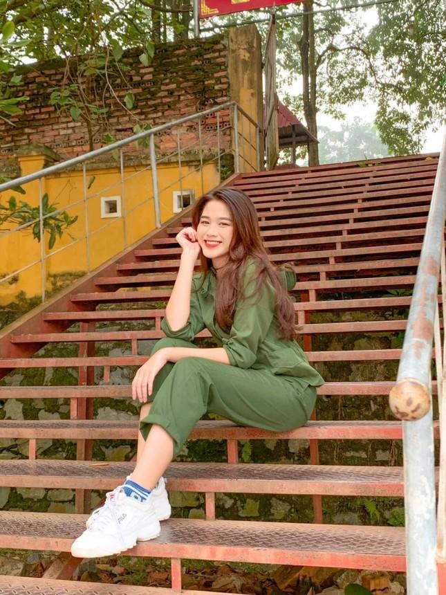 Hoa Hậu Việt Nam 2020 Đỗ Thị Hà: Xinh đẹp đáng yêu từ bé, ai cũng phải xuýt xoa ảnh 7