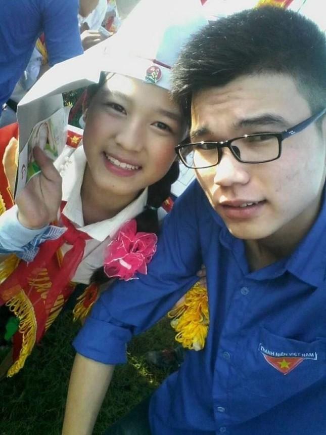 Hoa Hậu Việt Nam 2020 Đỗ Thị Hà: Xinh đẹp đáng yêu từ bé, ai cũng phải xuýt xoa ảnh 4