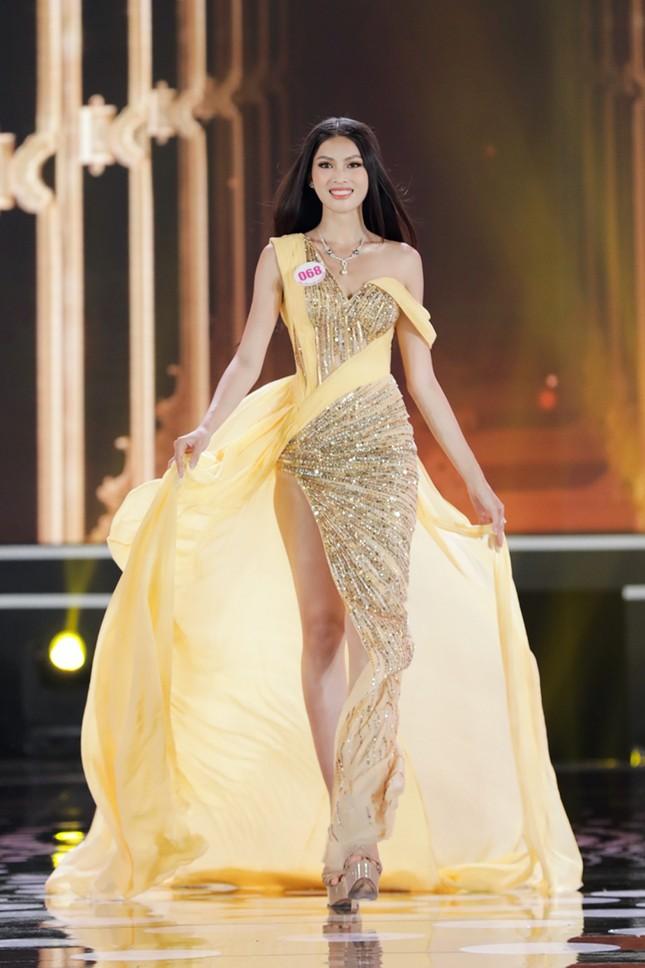 Nguyễn Lê Ngọc Thảo: Cô gái lần đầu đi thi sắc đẹp đã giành luôn ngôi vị Á hậu 2 ảnh 7