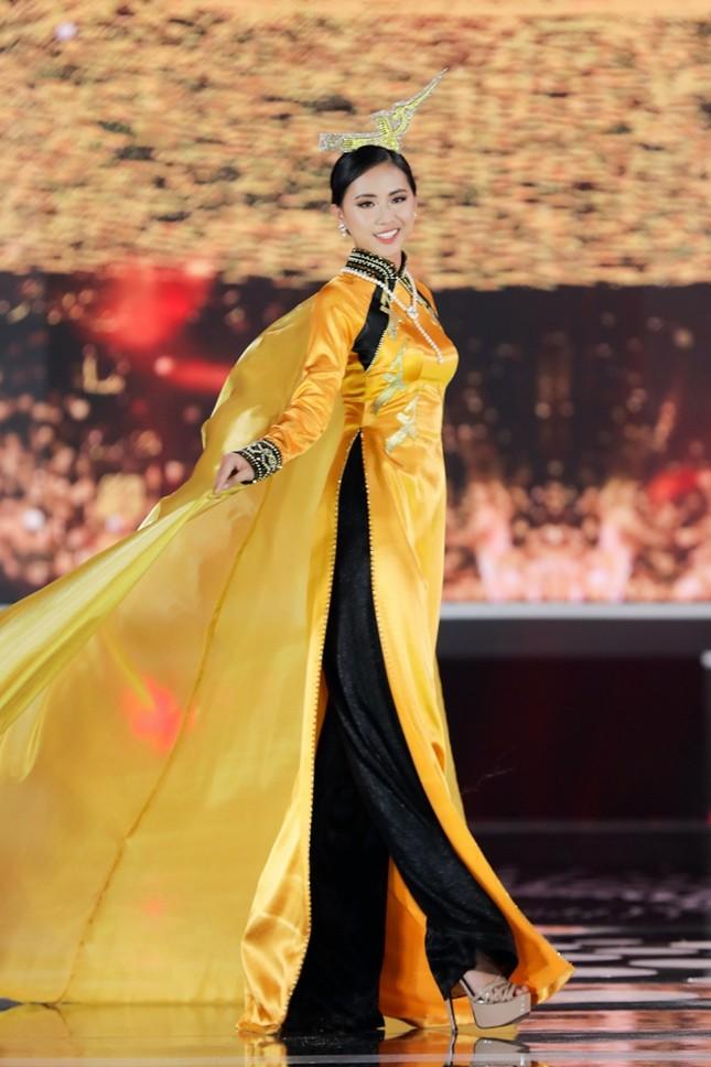 Ngắm nhan sắc 8 cô gái tài năng đạt các giải thưởng phụ Hoa Hậu Việt Nam 2020 ảnh 9