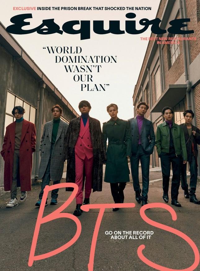 Xuất hiện như người mẫu trên bìa Esquire, BTS chia sẻ quan điểm về sự nam tính ảnh 1