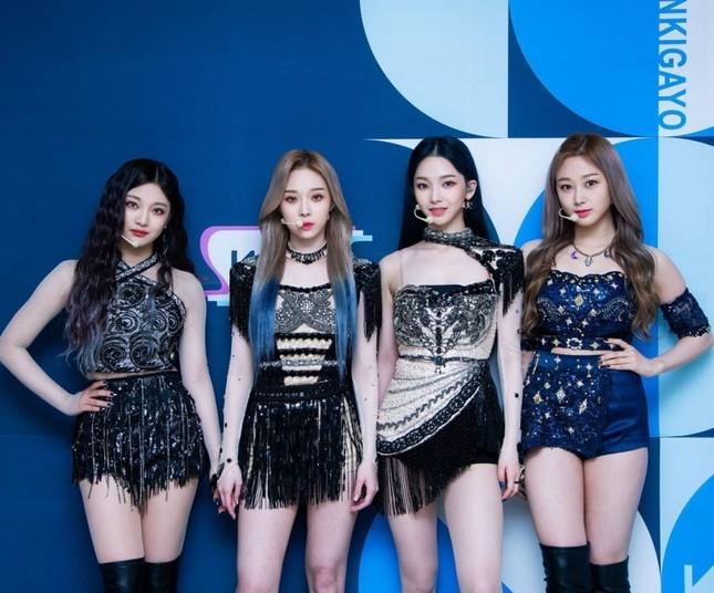 Xét về trang phục sân khấu, netizen cho rằng stylist BLACKPINK thua stylist aespa ở 1 điểm ảnh 3