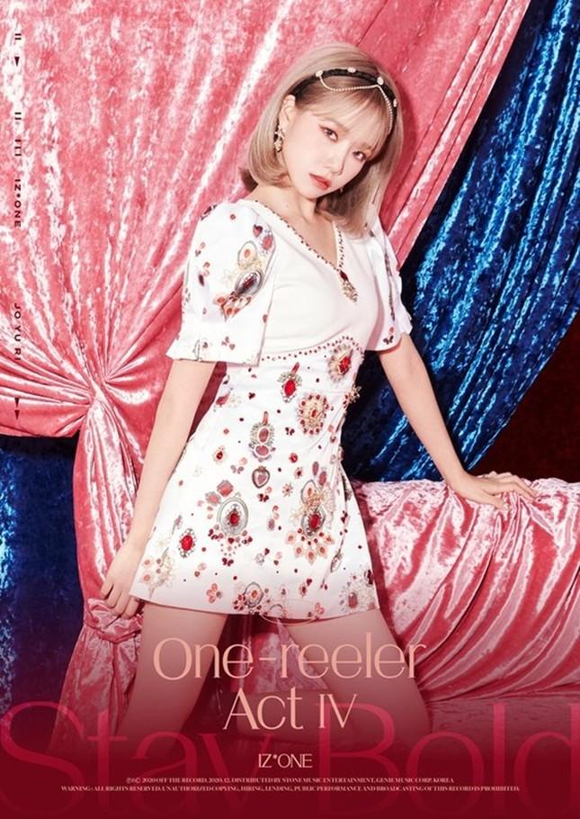 IZ*ONE tung bộ ảnh đẹp như công chúa, fan tự nhủ xinh thế này chắc sẽ được tha thứ hết ảnh 11