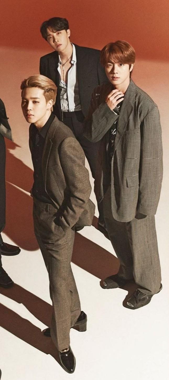 Stylist của BTS bị chỉ trích thậm tệ vì mặc đồ quá ẩu cho các chàng trai trên bìa TIME ảnh 2