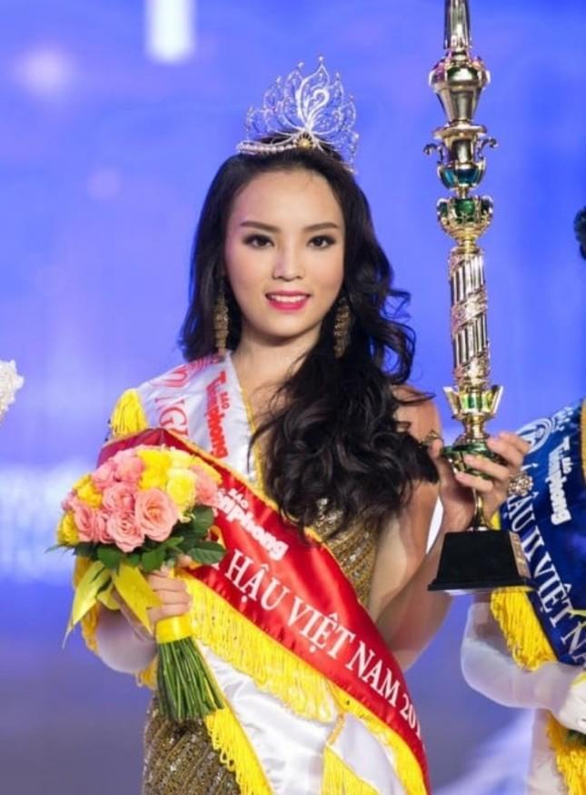 Ngắm nhan sắc sau khi đăng quang của Đỗ Thị Hà và Hoa Hậu Việt Nam qua các thời kỳ ảnh 4