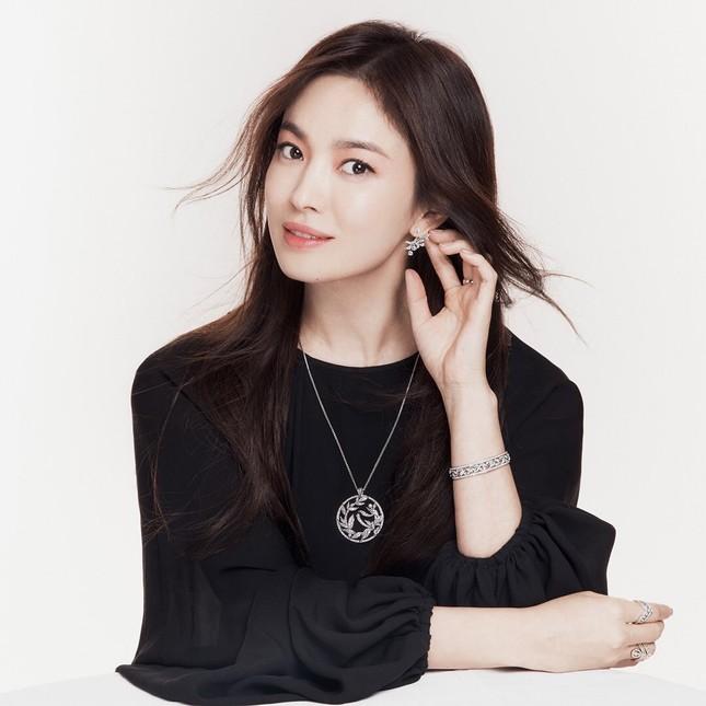 Đại minh tinh châu Á Song Hye Kyo lộ dấu hiệu lão hóa, netizen khuyên cô đừng làm điều này ảnh 1