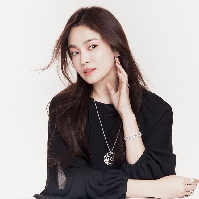 Đại minh tinh châu Á Song Hye Kyo lộ dấu hiệu lão hóa, netizen khuyên cô đừng làm điều này ảnh 3