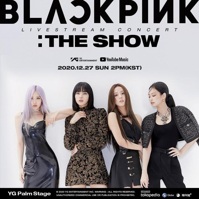 BLACKPINK tung poster thông báo dời lịch concert, nhưng tóc mái của Lisa mới gây chú ý ảnh 1