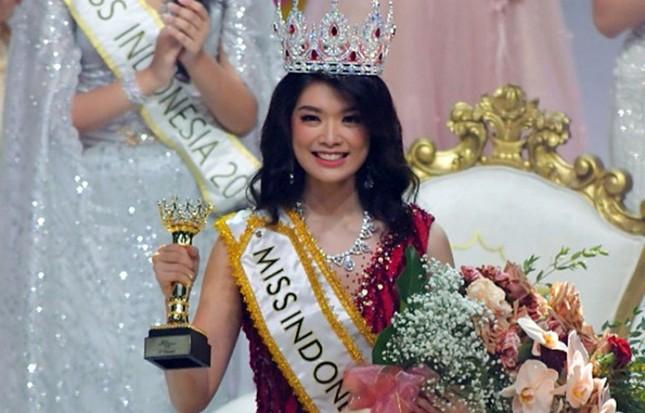 So sánh nhan sắc Hoa hậu Đỗ Thị Hà với các đối thủ sẽ tham gia Miss World 2021 ảnh 4