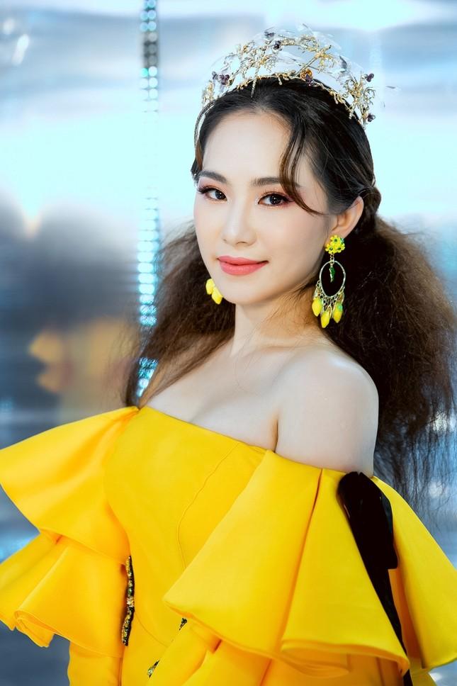 """Dàn rapper Việt đổ bộ show thời trang, """"lão đại"""" Wowy, """"chị đại"""" Suboi lên đồ cực ngầu ảnh 6"""