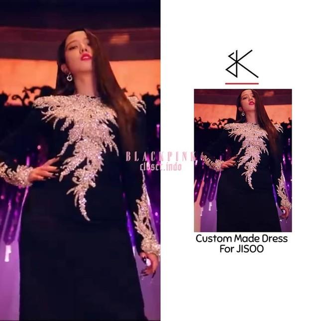 Nghi vấn ác nữ Cheon Seo Jin (Penthouse) mượn váy Jisoo BLACKPINK và còn mặc đẹp hơn? ảnh 1