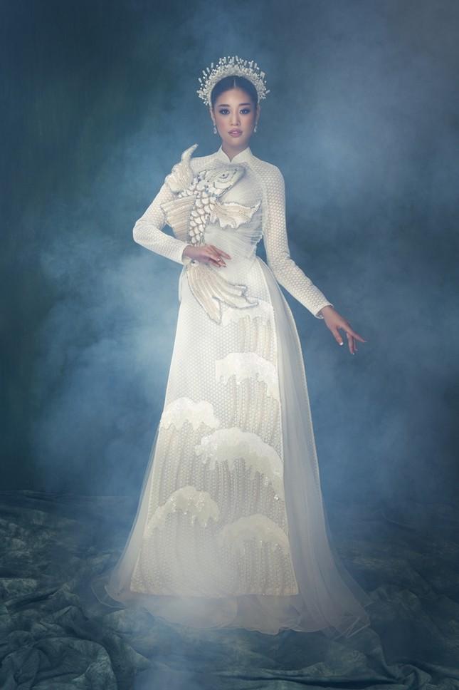 Hoa hậu Khánh Vân đẹp như công chúa bước ra từ truyện cổ tích trong bộ ảnh áo dài ảnh 4