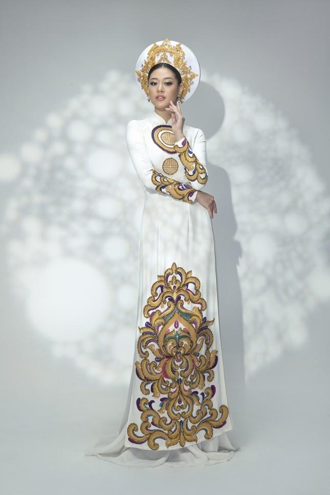Hoa hậu Khánh Vân đẹp như công chúa bước ra từ truyện cổ tích trong bộ ảnh áo dài ảnh 8