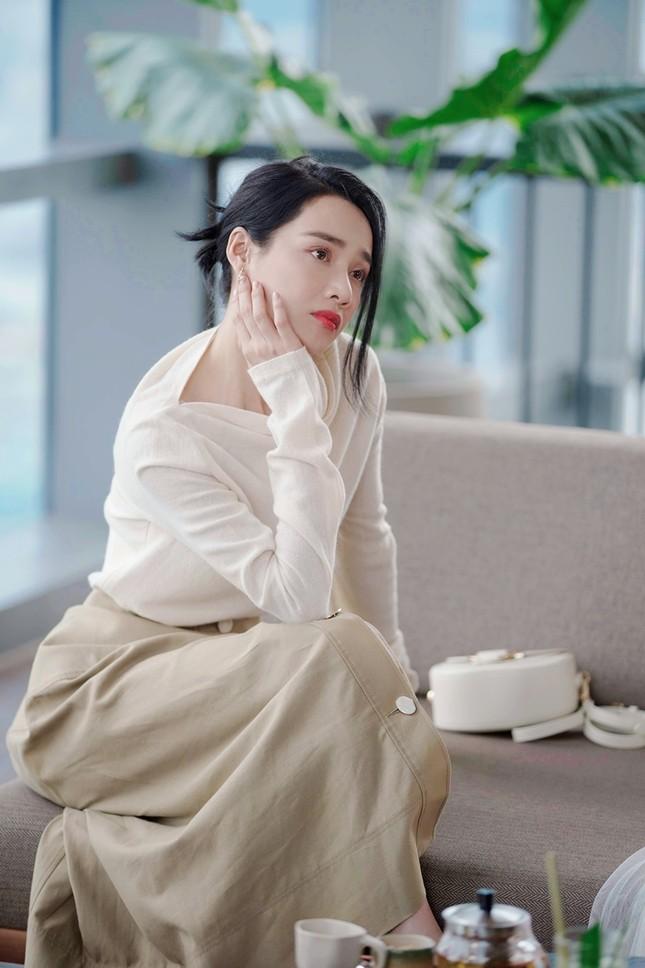 Tạo hình sang chảnh của 3 ngọc nữ hot nhất điện ảnh Việt: Nhã Phương, Lan Ngọc, Diễm My 9X trong phim mới ảnh 6