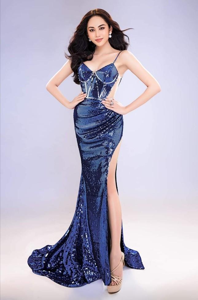 """Nhan sắc """"chuẩn hoa hậu"""" của mỹ nhân chuyển giới được cho là đội hụt vương miện Đại sứ Hoàn Mỹ 2020 ảnh 1"""