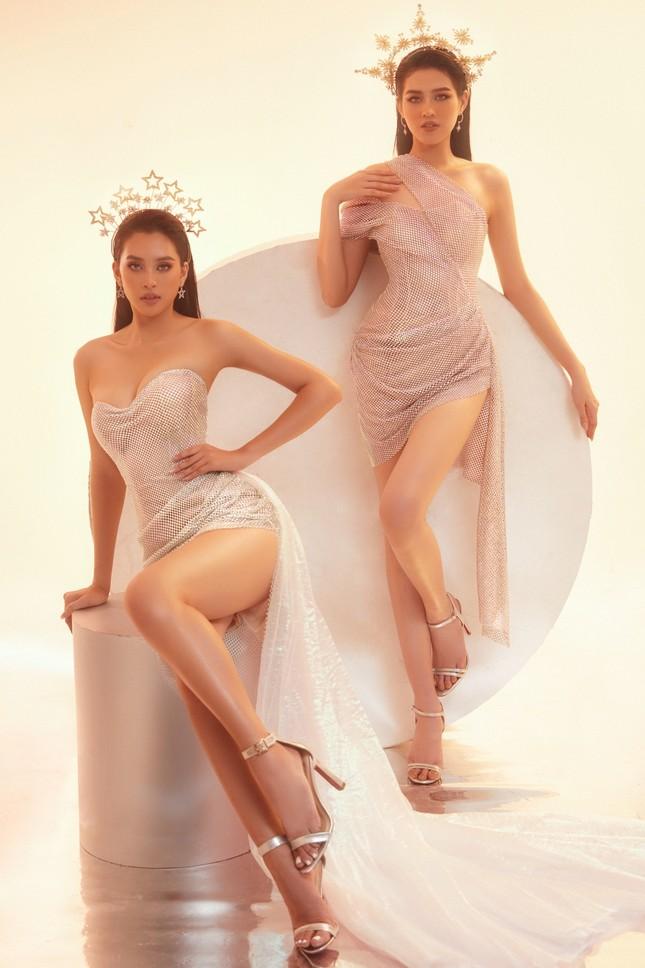 Hoa hậu Tiểu Vy - Đỗ Hà lần đầu đọ sắc trong một khung hình thời trang, thần thái cực đỉnh ảnh 6