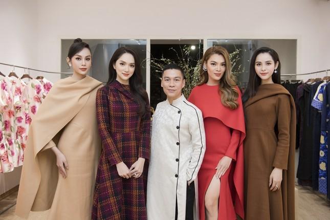 Trân Đài cùng 2 Á hậu lần đầu dự sự kiện sau đăng quang, khoe sắc cùng Hoa hậu Đỗ Mỹ Linh ảnh 1