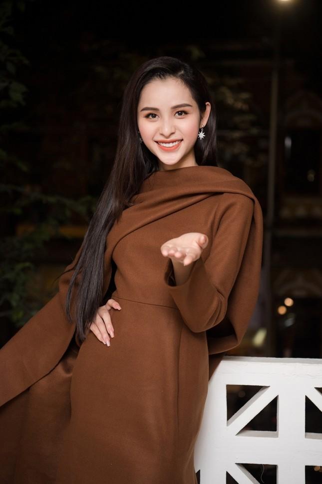 Trân Đài cùng 2 Á hậu lần đầu dự sự kiện sau đăng quang, khoe sắc cùng Hoa hậu Đỗ Mỹ Linh ảnh 4