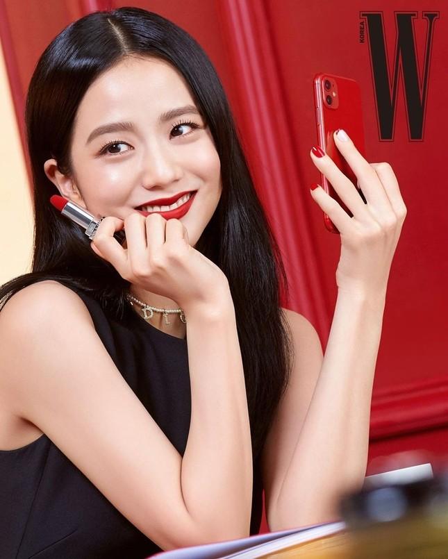 Học ngay Jisoo (BLACKPINK) cách chọn son để make-up xinh lung linh đón Tết ảnh 3